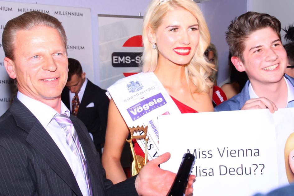 Josef Weiß mit Miss Vienna 2017 Elisa Georgiana Dedu und Fan