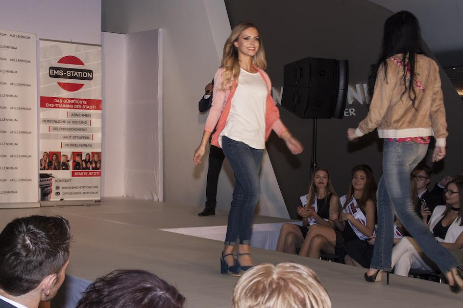 Winzerhof Weiß Miss Vienna Walk01